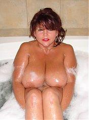 WetNaturalTits.com - Wet Natural Tits - Elaine 01