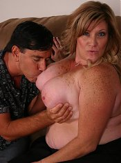 Huge bbw Deedra sucking off a cock before taking it in her pussy by grinding on top