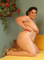 BBW Belane was reading a book when her guy arrived and they were horny so they fucked